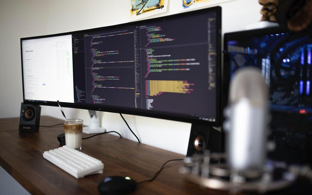 corso-completo-per-sviluppatori-web-2-0-1572955335232.jpg