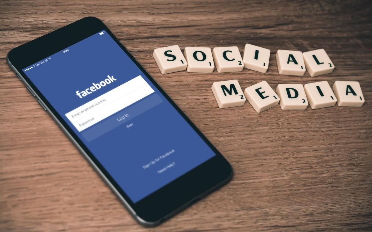 corso-facebook-ads-online-e-in-aula-1574864457074.jpg